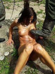 Juicy nud slavegirl is harsh pussy whipped to get her the ultimate orgasm.